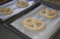 Oven ready pretzels 250W